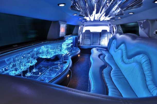 Kent WA limousine & party bus service