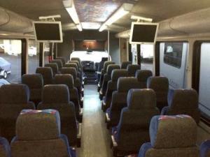 Coach Bus - 30 Passengers